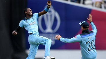 Jofra Archer celebrates Aiden Markram's wicket with Jason Roy