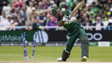 Wahab Riaz gets bowled by Oshane Thomas