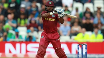 Nicholas Pooran seals the win with a six