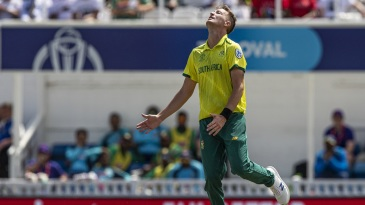 Chris Morris of South Africa despairs after conceding four runs