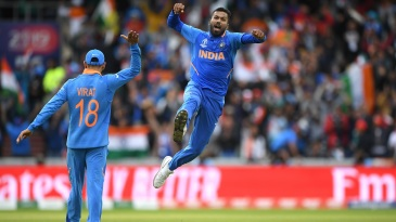 Hardik Pandya celebrates after dismissing Shoaib Malik for a duck