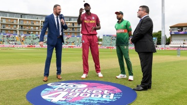 Jason Holder and Mashrafe Mortaza at the toss