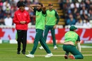 Imran Tahir shows his frustration, South Africa v New Zealand, World Cup 2019, Birmingham, June 19, 2019