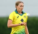 Tayla Vlaeminck prepares to bowl, England Academy v Australians, Tour match, Loughborough, June 26, 2019
