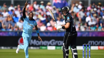 Jofra Archer celebrates as Martin Guptill is caught behind