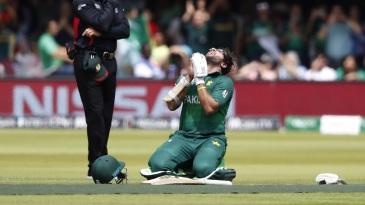 Imam-ul-Haq falls to his knees in prayer after reaching a century
