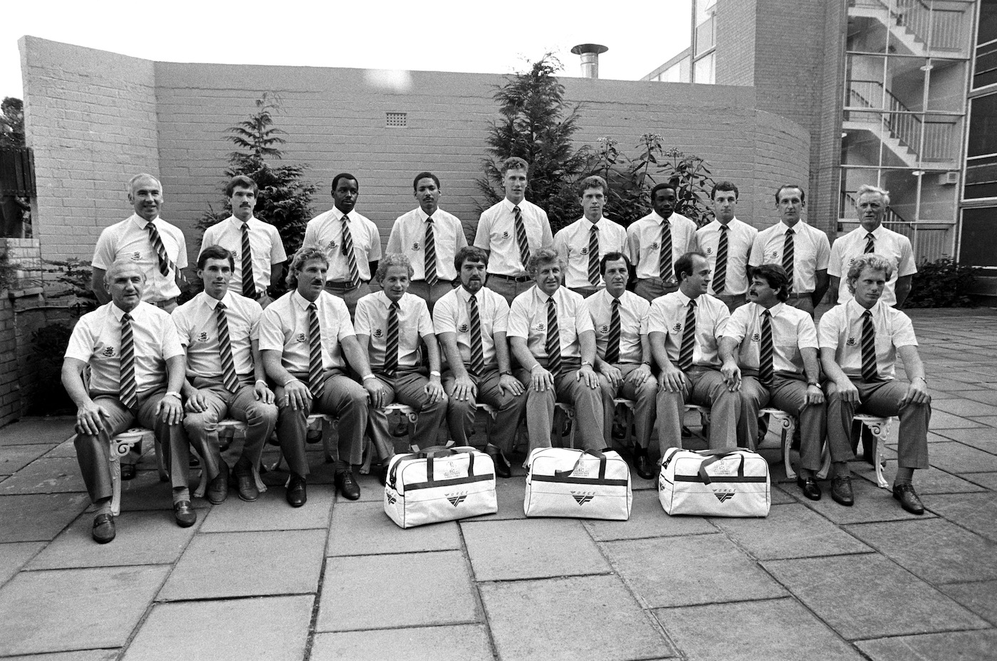 The England cricket team line up before leaving for Australia and the Ashes tour 1986/87