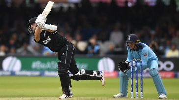 Kane Williamson goes on the attack against spin