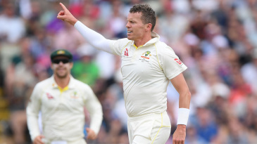 I thought Peter Siddle was almost the bowler of the first Ashes Test - Justin Langer