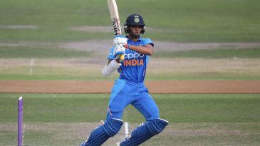 Yashasvi Jaiswal swats one into the leg side