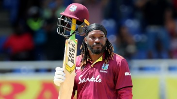 Chris Gayle acknowledges the applause after bringing up his fifty
