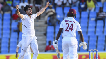 Ishant Sharma erupts after completing his five-for