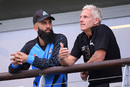 Moeen Ali and Peter Moores talk during a rain delay, Worcestershire v Nottinghamshire, Vitality Blast, New Road, August 28, 2019