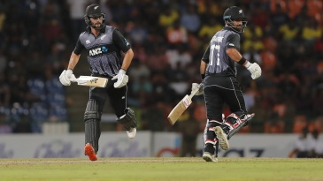 Tom Bruce and Colin de Grandhomme swung momentum the visitor's way