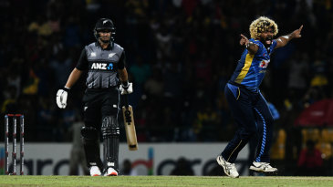 Lasith Malinga appeals for Ross Taylor's wicket