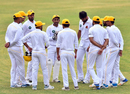 Sarfaraz Ahmed gives his team, Sindh, a pep talk, Sindh v Balochistan, 2nd day, Quaid-e-Azam Trophy 2019-20, Karachi, September 15, 2019