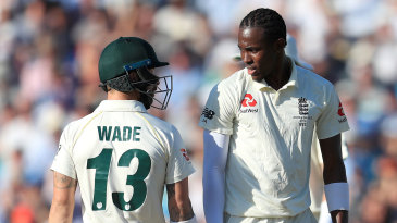 Matthew Wade and Jofra Archer exchange words during their duel