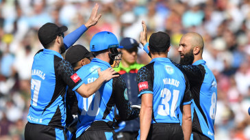 Moeen Ali bowled a key spell for Worcestershire