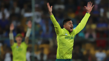 Bjorn Fortuin appeals for a wicket