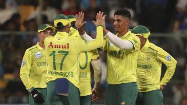 Beuran Hendricks celebrates a wicket
