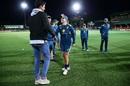The perfect date night? Mitchell Starc greets his wife Alyssa Healy, Australia v Sri Lanka, second T20I, Sydney, September 30, 2019