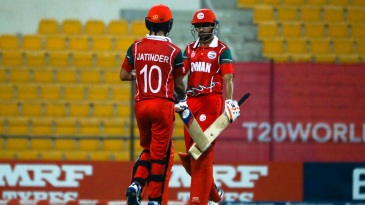 Jatinder Singh and Aqib Ilyas added 126 runs for the second wicket