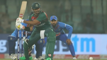 Soumya Sarkar plays the reverse sweep