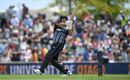 Colin de Grandhomme connects with a pull, New Zealand v England, 3rd T20I, Nelson, November 5, 2019
