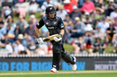 Ross Taylor played a steady hand in the middle overs, New Zealand v England, 3rd T20I, Nelson, November 5, 2019