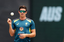 Sean Abbott prepares before game one of the T20I series between Australia and Pakistan, Sydney, November 03, 2019
