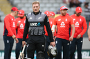 Martin Guptill was left on the losing side after another Super Over, New Zealand v England, 5th T20I, Eden Park, November 10, 2019