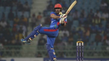 Mohammad Nabi plays a pull