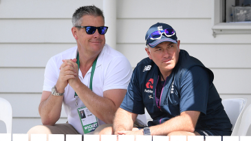 Ashley Giles and Chris Silverwood during England's tour game in Whangarei