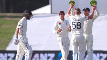 Sam Curran claimed the key wicket of Kane Williamson