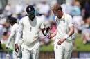 Jofra Archer and Stuart Broad endured a frustrating start to the third day, New Zealand v England, 1st Test, Mount Maunganui, 3rd day, November 23, 2019