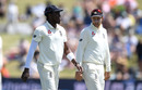 Jofra Archer chats to Joe Root, New Zealand v England, 1st Test, Mount Maunganui, 3rd day, November 23, 2019