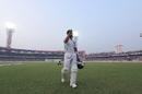 Virat Kohli acknowledges the applause of the Eden crowd, India v Bangladesh, 2nd Test, Kolkata, 2nd day, November 23, 2019