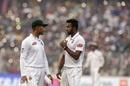 Ebadot Hossain chats to Mahmudullah, India v Bangladesh, 2nd Test, Kolkata, 2nd day, November 23, 2019