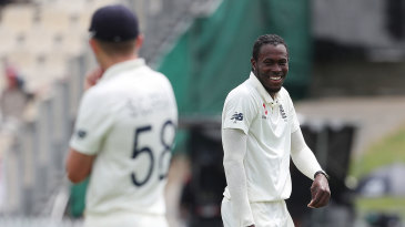 Jofra Archer sees the funny side after Joe Denly's dropped catch