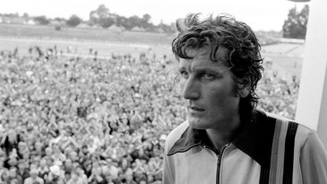 Bob Willis on the Headingley balcony after his match-winning performance in 1981