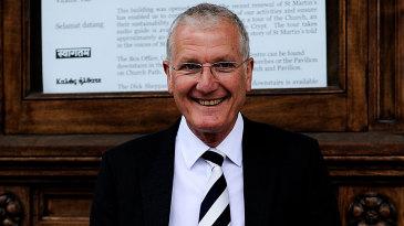 Bob Willis attends Tony Greig's memorial service in London