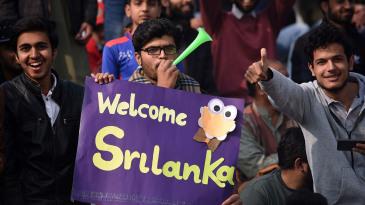 Pakistan fans chanted