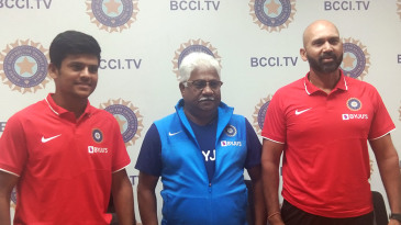Priyam Garg (L) and Paras Mhambrey (R) at a press conference