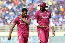 Kieron Pollard, Keemo Paul and the team have been struggling to pick up wickets in the middle overs, India v West Indies, 2nd ODI, Visakhapatnam, December 18, 2019
