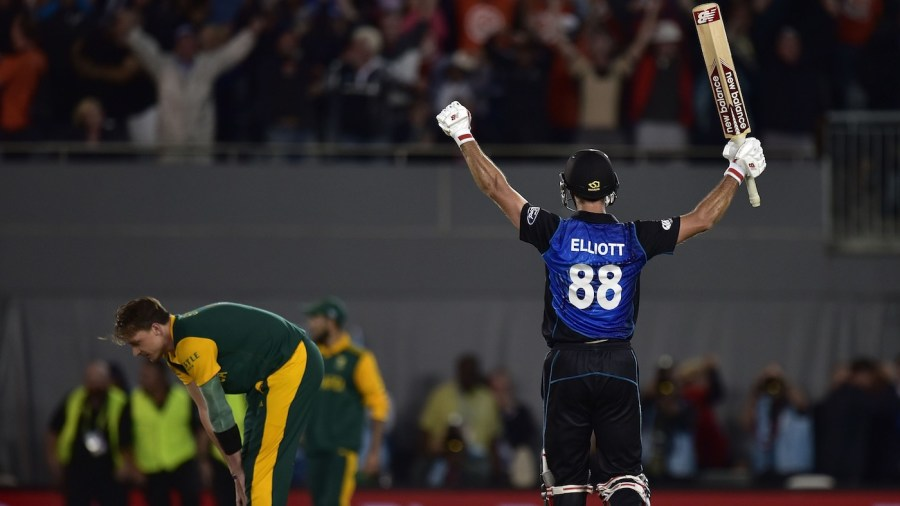 With five to get off two balls, a nerveless Grant Elliott smashed Dale Steyn for six to take New Zealand into the final