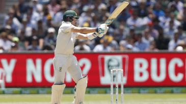 Steven Smith pulls behind square