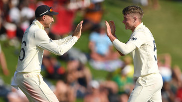 Joe Root and Sam Curran celebrate another breakthrough