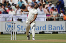 Vernon Philander delivers a ball to Zak Crawley, South Africa v England, 2nd Test, Cape Town, January 03, 2020