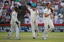 Dwaine Pretorius claims a wicket, South Africa v England, 2nd Test, Cape Town, January 5, 2020