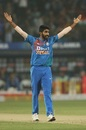There's no escaping Jasprit Bumrah's early strikes, India v Sri Lanka, 3rd T20I, Pune, January 10, 2020